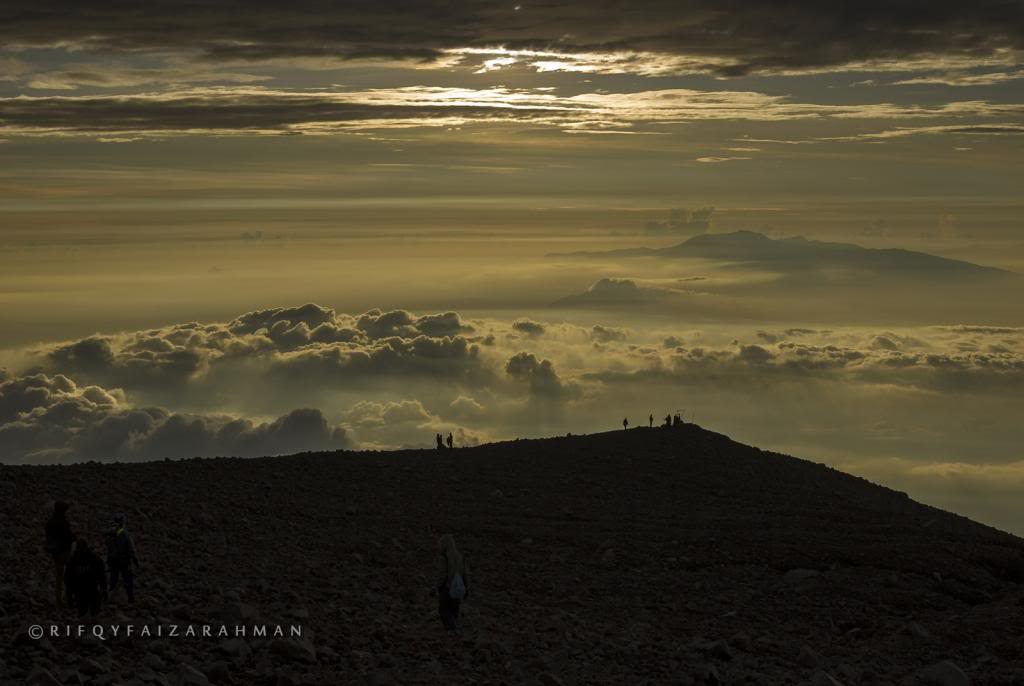 Lautan awan puncak Mahameru