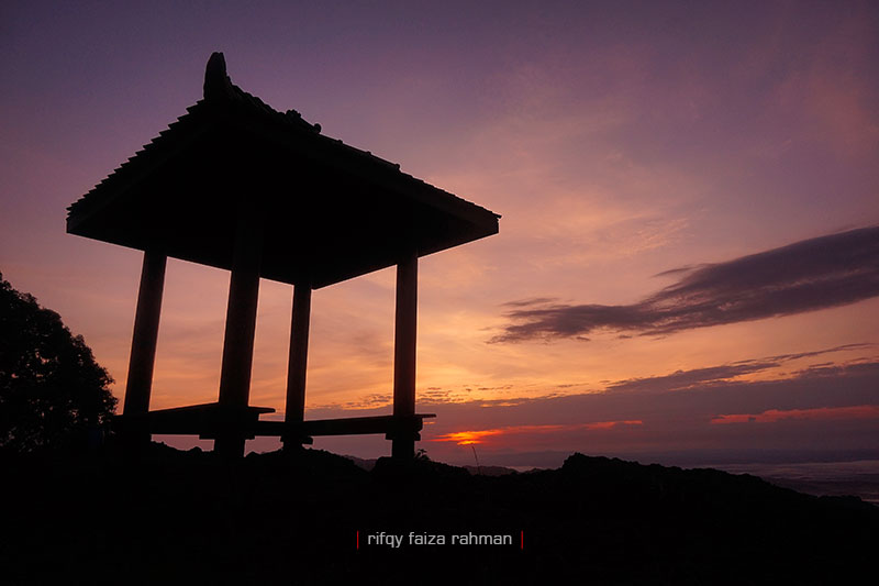 Sunrise Puncak Gunung Bantal, Nglanggeran, Gunungkidul, Yogyakarta