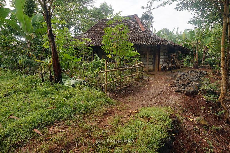 Salah satu rumah warga Kampung Pitu