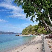Mengunjungi Pulau Buaya di Kabupaten Alor