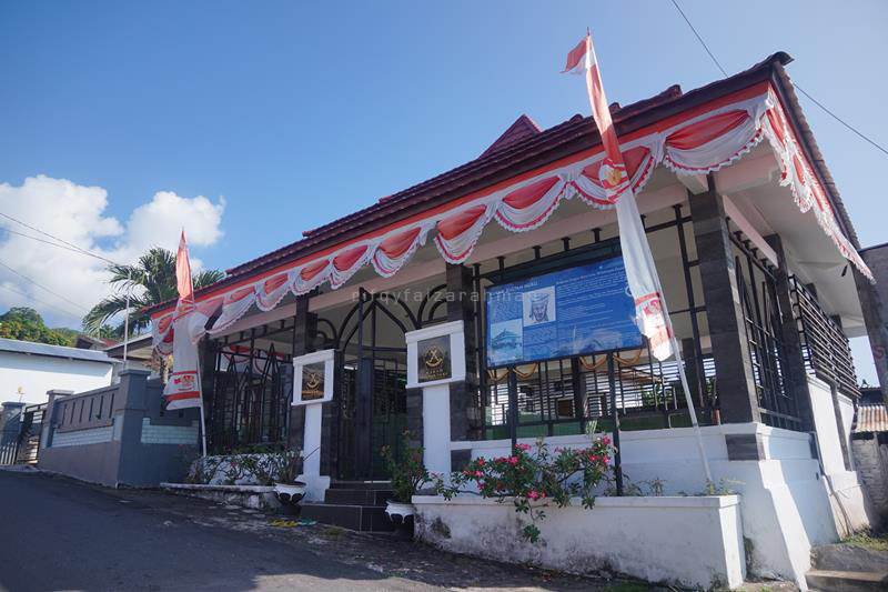 Cungkup makam pahlawan nasional Sultan Nuku di Tidore