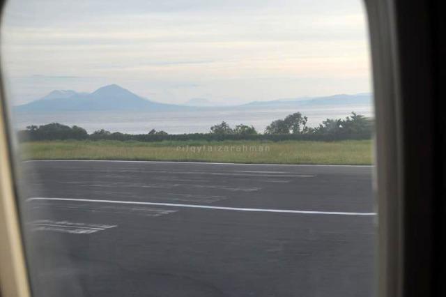 Saat mendarat di Bandara Sultan Babullah, Ternate