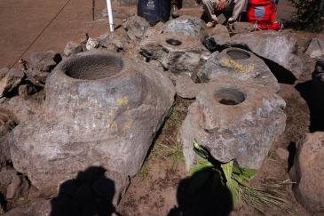 Situs kenteng atau lupmang di puncak Kenteng Songo yang jumlahnya tak sampai sembilan