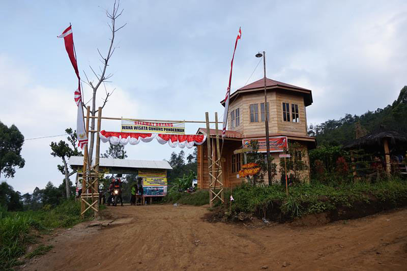 Basecamp pendakian Panderman dan Butak di Dusun Toyomerto, Batu