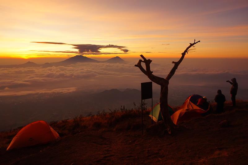 Pendakian Gunung Sumbing Jalur Butuh Kaliangkrik Magelang
