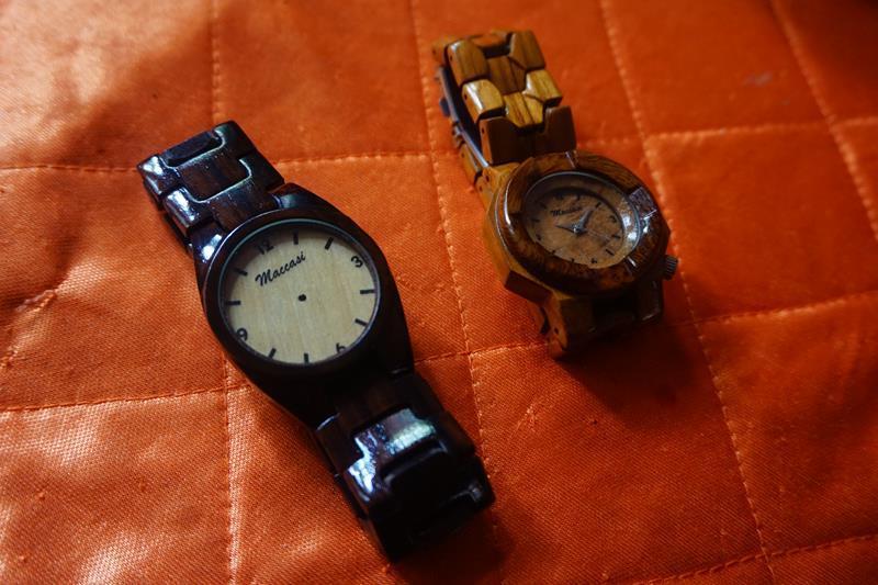 "Jam tangan kayu ""Maccasi Craft"" Banyuwangi"
