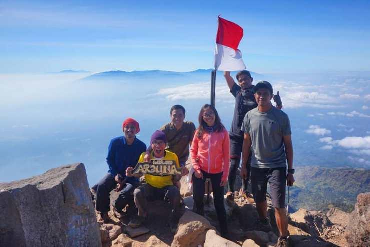 Pendakian Gunung Arjuno via Jalur Lawang