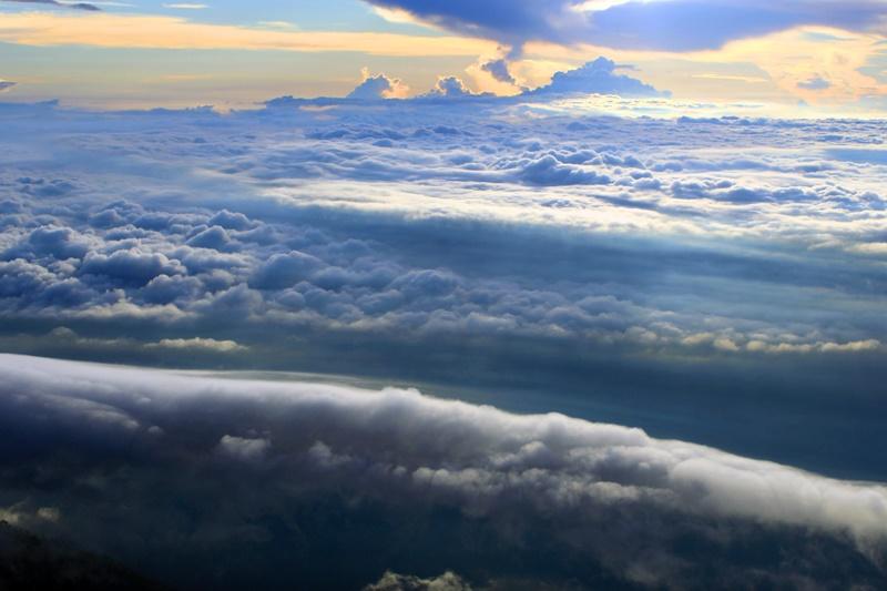 Lautan awan Gunung Arjuno