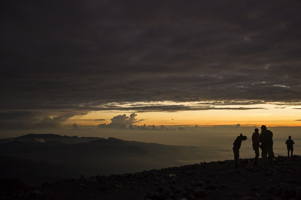Sunrise puncak mahameru gunung semeru