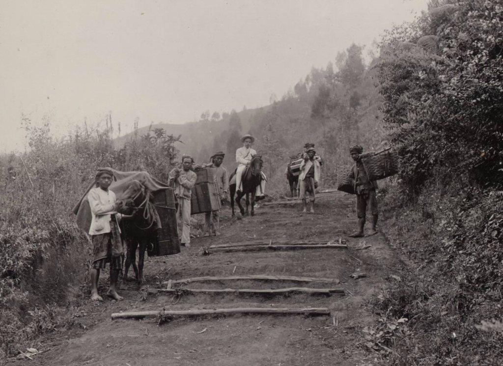 Perjalanan ke Pondok Lali Djiwo Gunung Arjuno